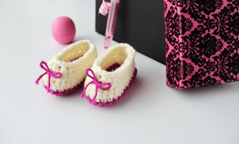 Sweetheart Crochet Baby Booties Pattern  