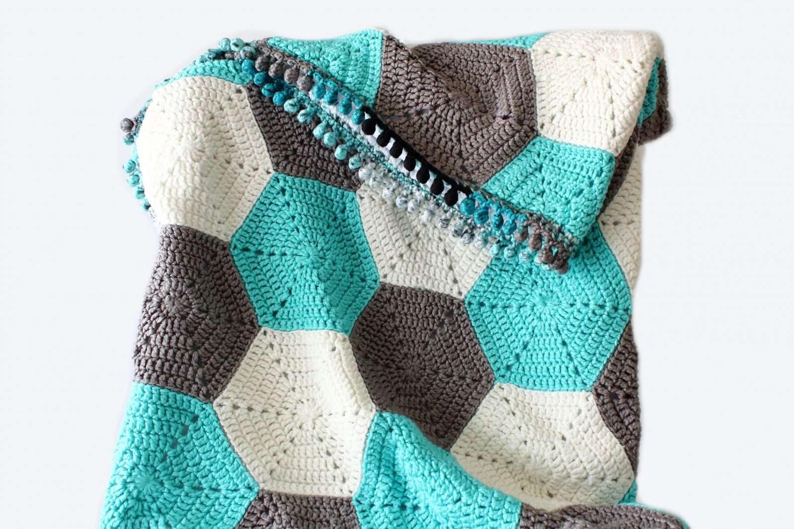 hexagon Free crochet baby blanket