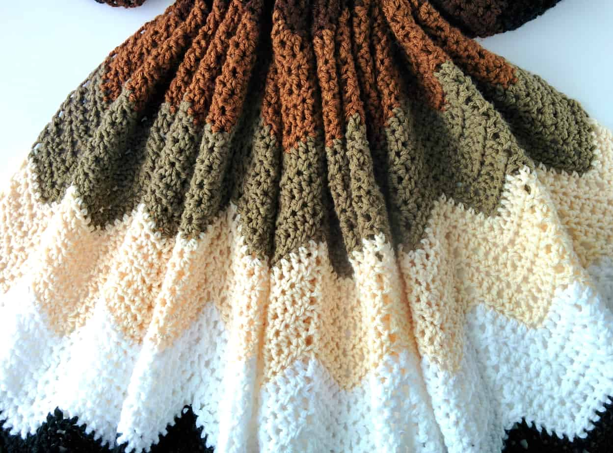 Mocha Ripple Throw An Easy Crochet Chevron Pattern