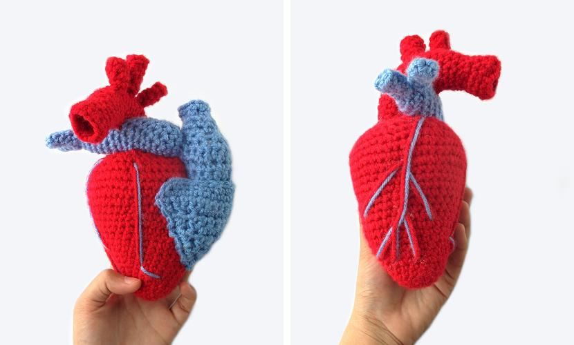 Free Crochet Pattern: 3D Hearts   500x830