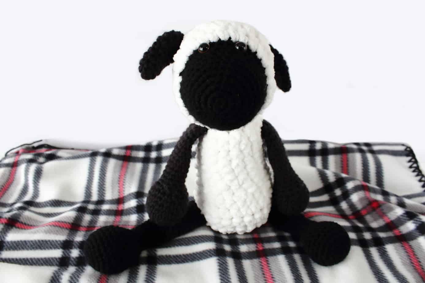 Lamb Amigurumi Pattern - Lamb Crochet Pattern -   924x1386