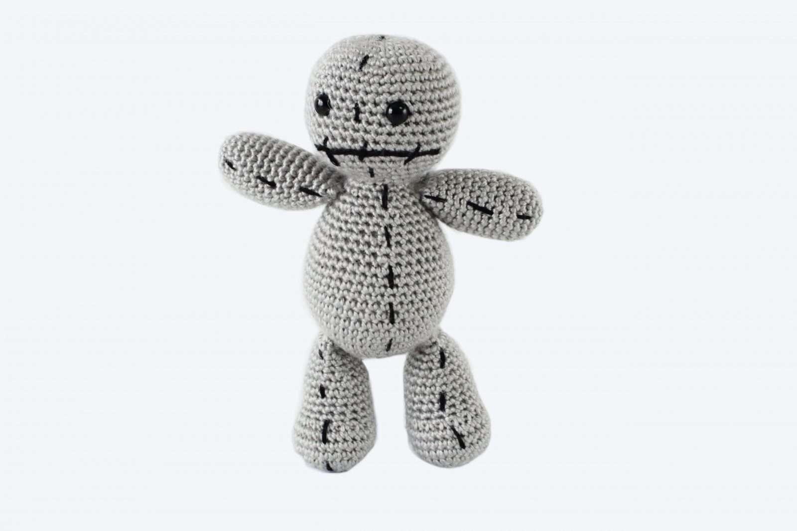 Amigurumi Voodoo Doll Free Pattern | Halloween crochet, Crochet ... | 1067x1600