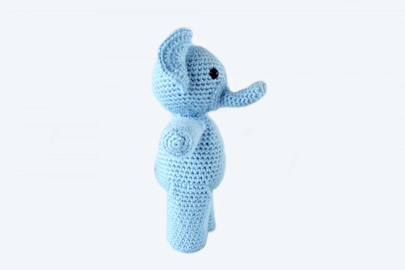 Blue Sitting Elephant, Crochet Toy. Stock Photo, Picture And ... | 1067x1600