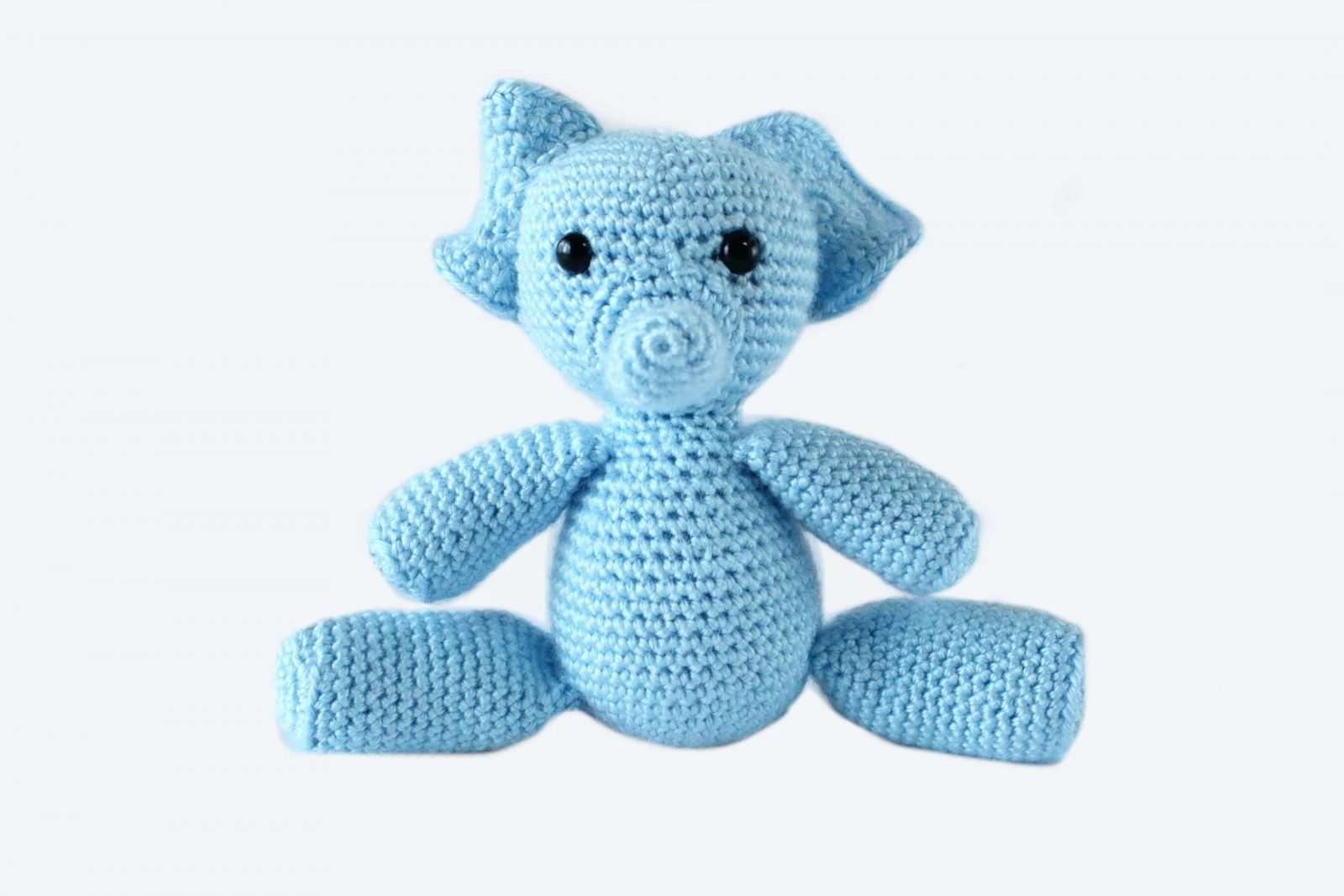 Cuddle Me Elephant crochet pattern - Amigurumi Today   1067x1600